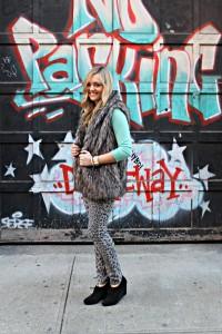 Leopard Jeans Outfit Idea