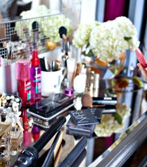 Blush : Vanity