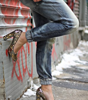 boyfriend jeans with sequin glitter pumps