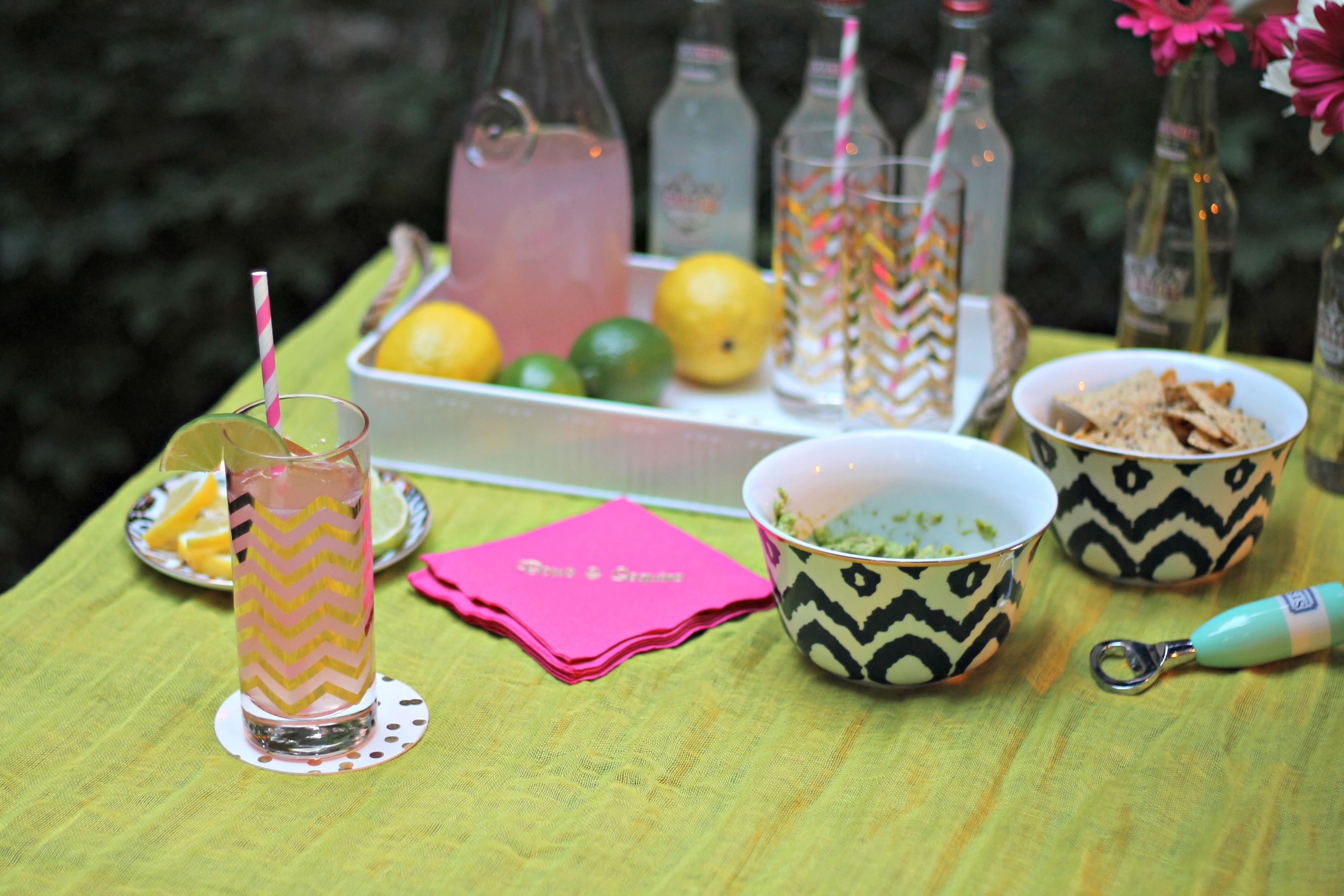 Cocktail hour bows sequins for Outdoor cocktail party decorating ideas