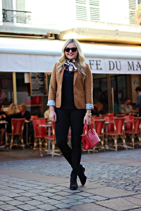 black jeans parisian outfit