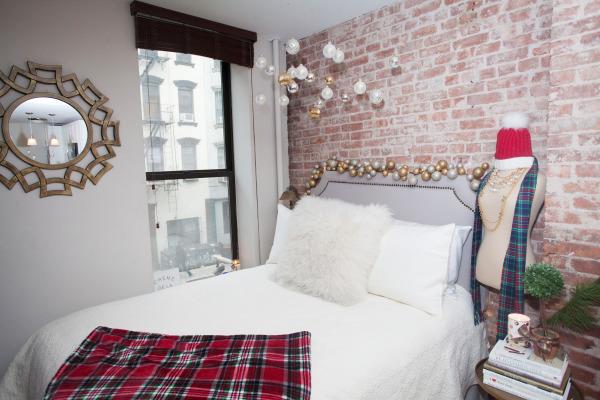 plaid-blanket-bedroom-decor