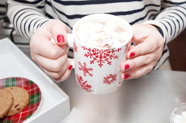 snowflake mug hot cocoa with marshmallows