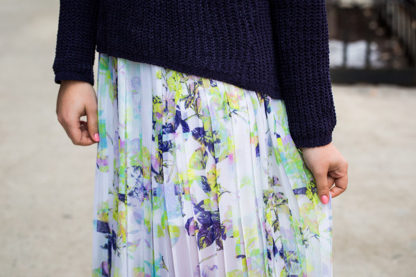bcbg floral pleated maxi skirt