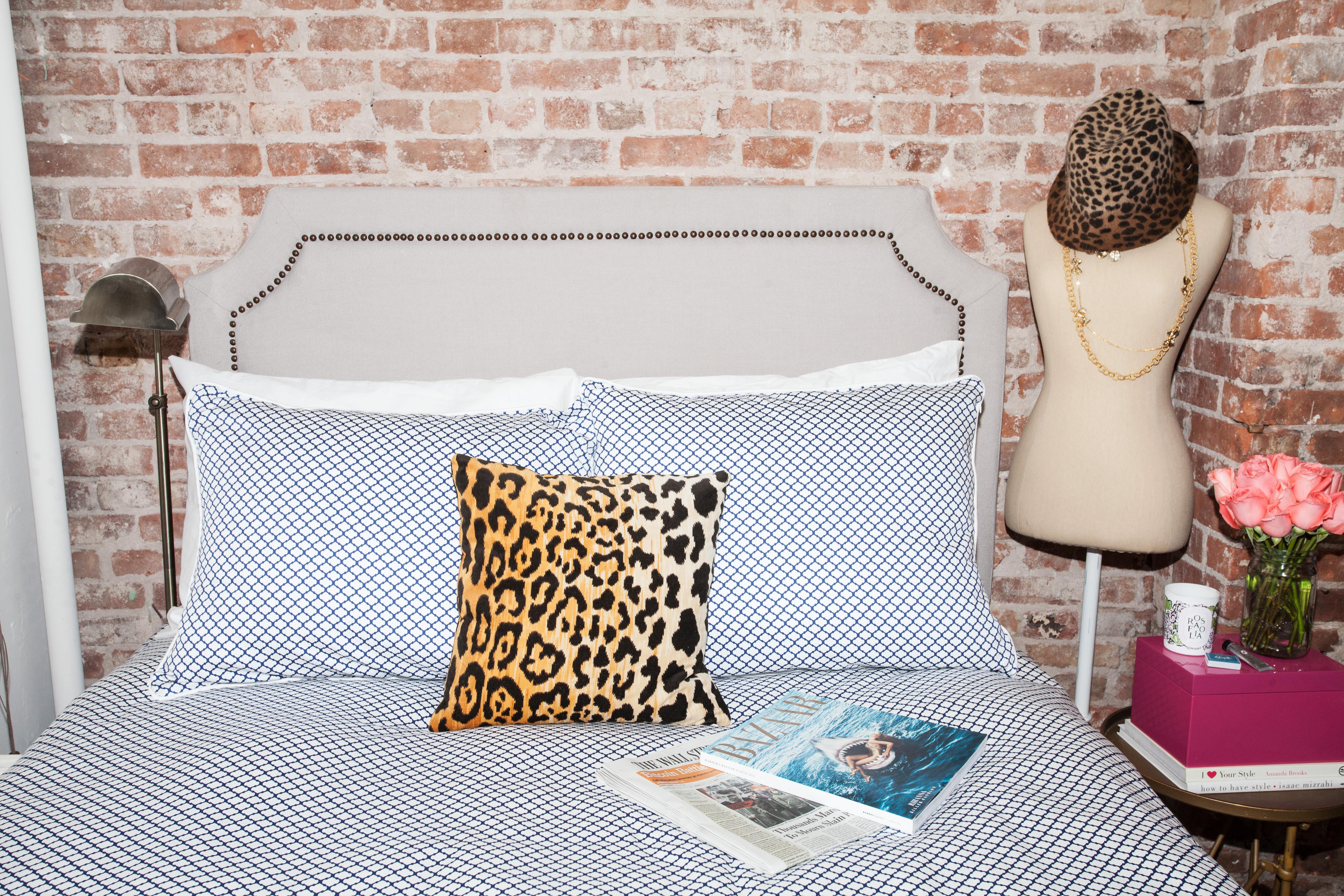 Nyc Bedroom Decor Ideas Bows Sequins