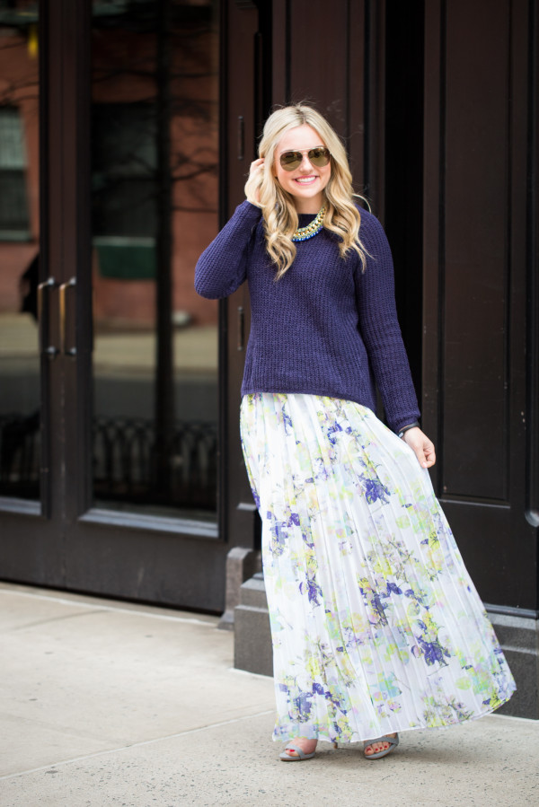 what to wear with a floral maxi skirt outfit