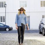Travel Must Have: Chambray Shirt