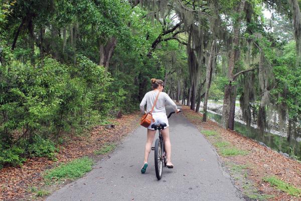 bike-paths-sea-pines-resort-hilton-head-island-south-carolina