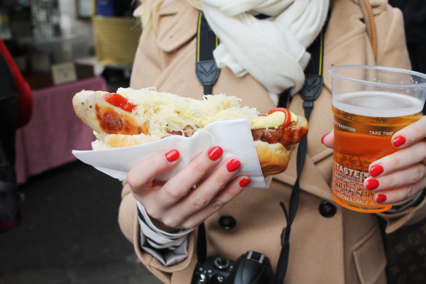 bratwurst-beer-borough-market-london