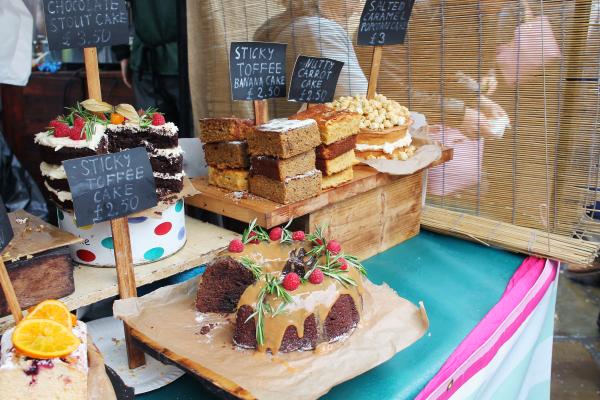 camden-market-london-cakes