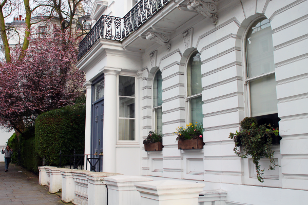 flower-boxes-notting-hill-london