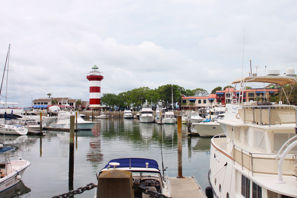 hilton-head-island-lighthouse-harbour-town-marina
