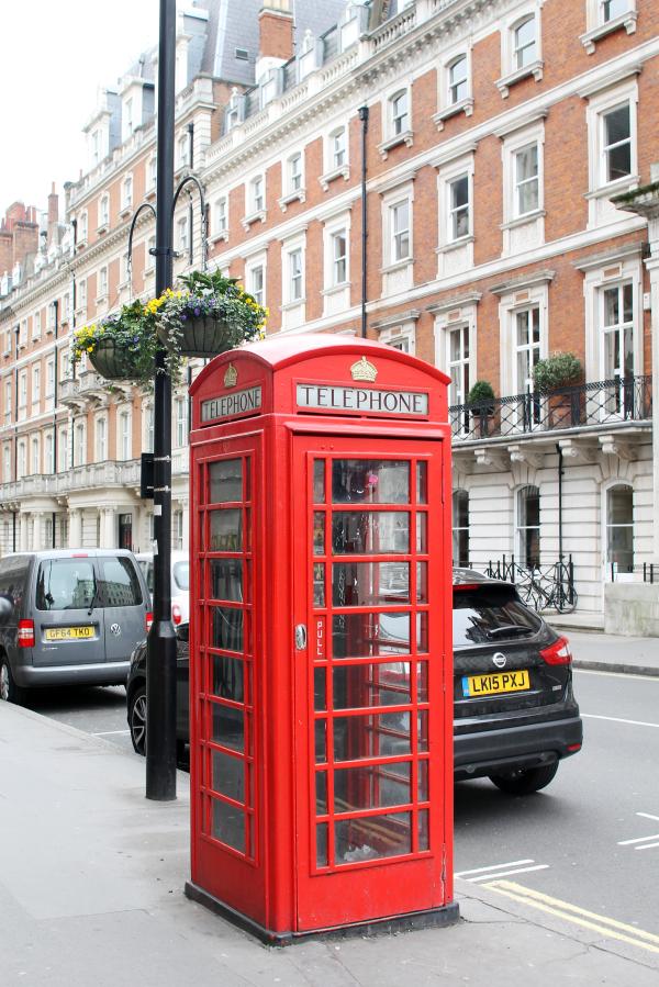 london-phone-booth
