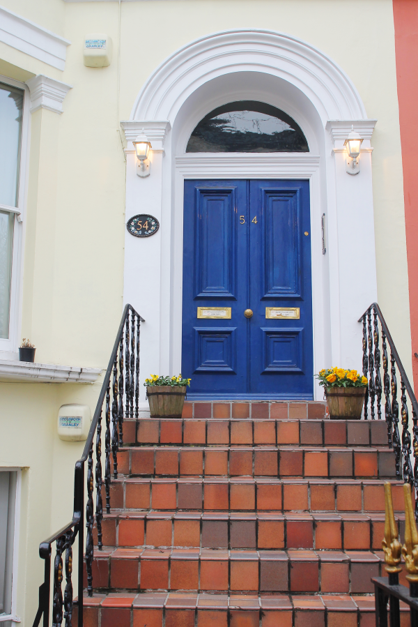 notting-hill-london-blue-door
