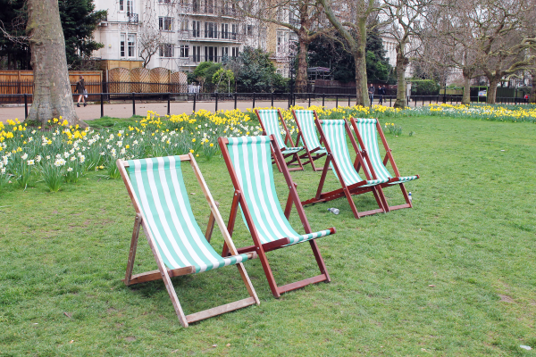striped-chairs-green-park-london