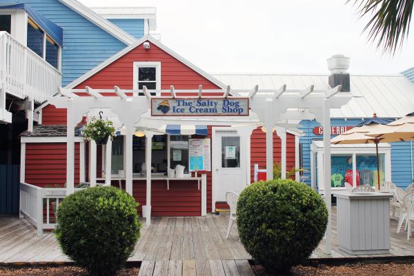 the-salty-dog-ice-cream-shop-hilton-head-island