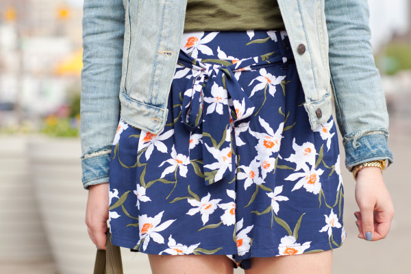 high waisted floral shorts with tie belt