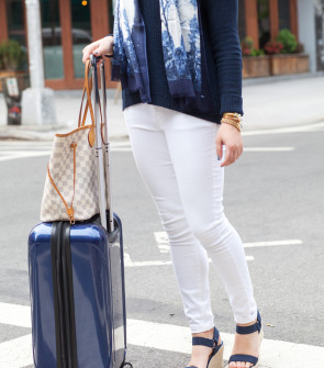 spring travel outfit