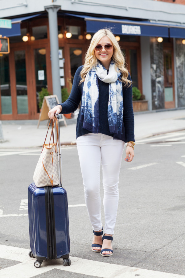 white jeans travel style outfit suitcase louis vuitton damier azur