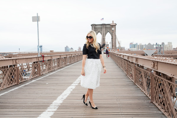 brooklyn bridge nyc fashion blogger
