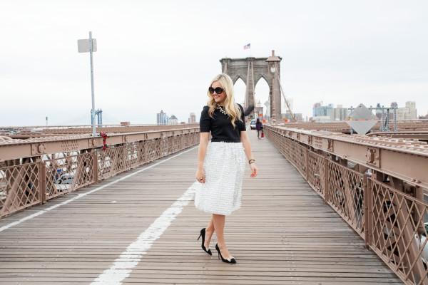brooklyn bridge nyc fashion blogger