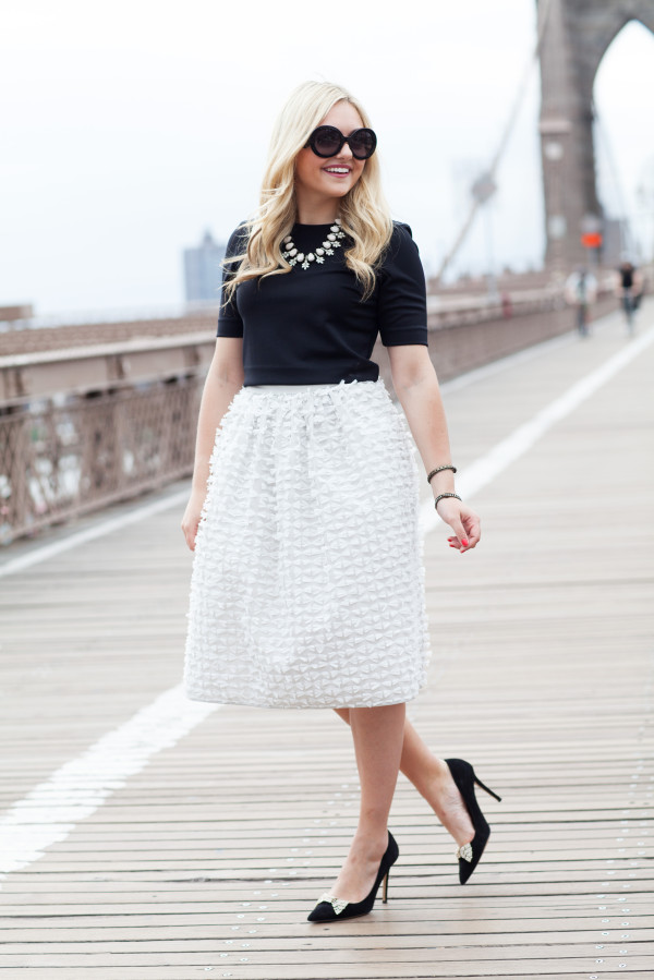 brooklyn bridge photo shoot - tibi bow skirt - kate spade bow pumps