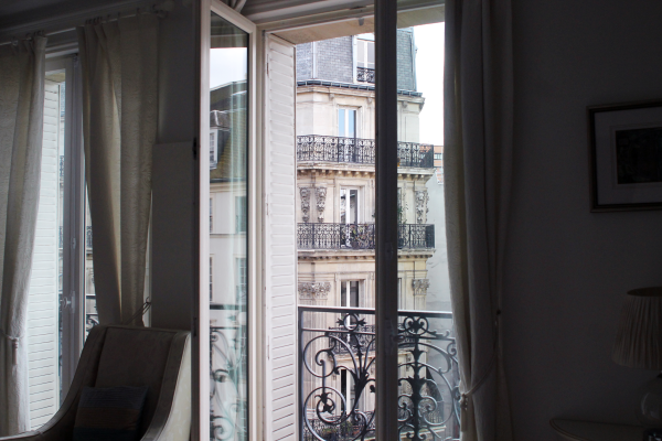 paris-apartment-terrace-view