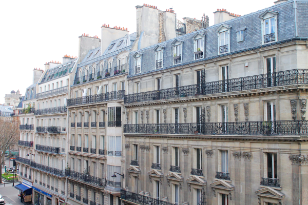 paris-buildings-chimneys