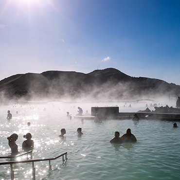 Blue Lagoon Iceland | Bows & Sequins Travel Guide
