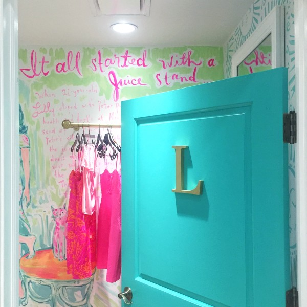 lilly pulitzer juice stand