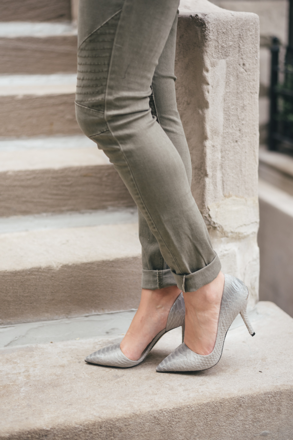 army-green-moto-jeans,-grey-snakeskin-pointed-pumps