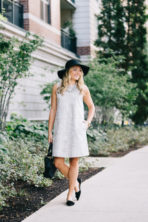 chic-fall-outfit-swing-dress-floppy-hat-pointed-toe-flats-v