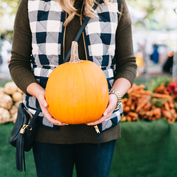 cute-outfit-for-a-pumpkin-patch