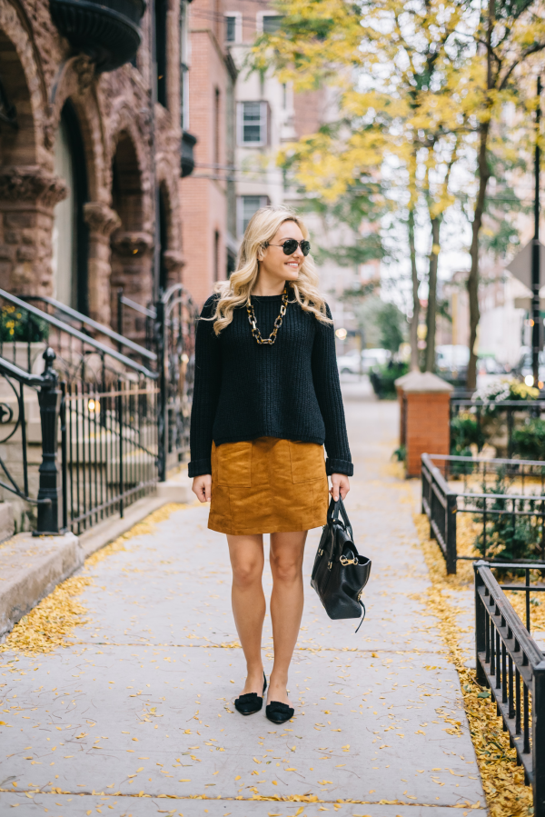 fall-outfit-suede-skirt-flats