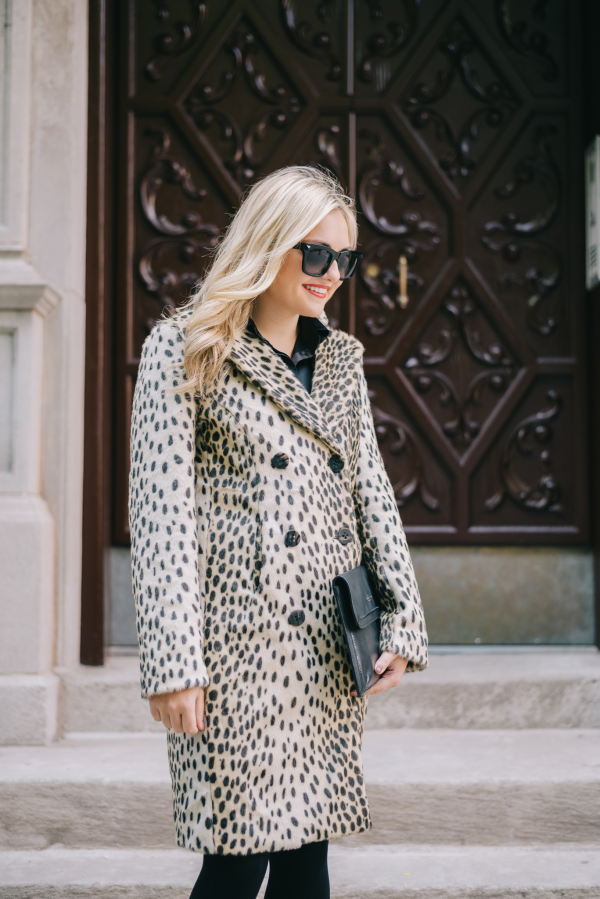 faux-fur-leopard-print-coat