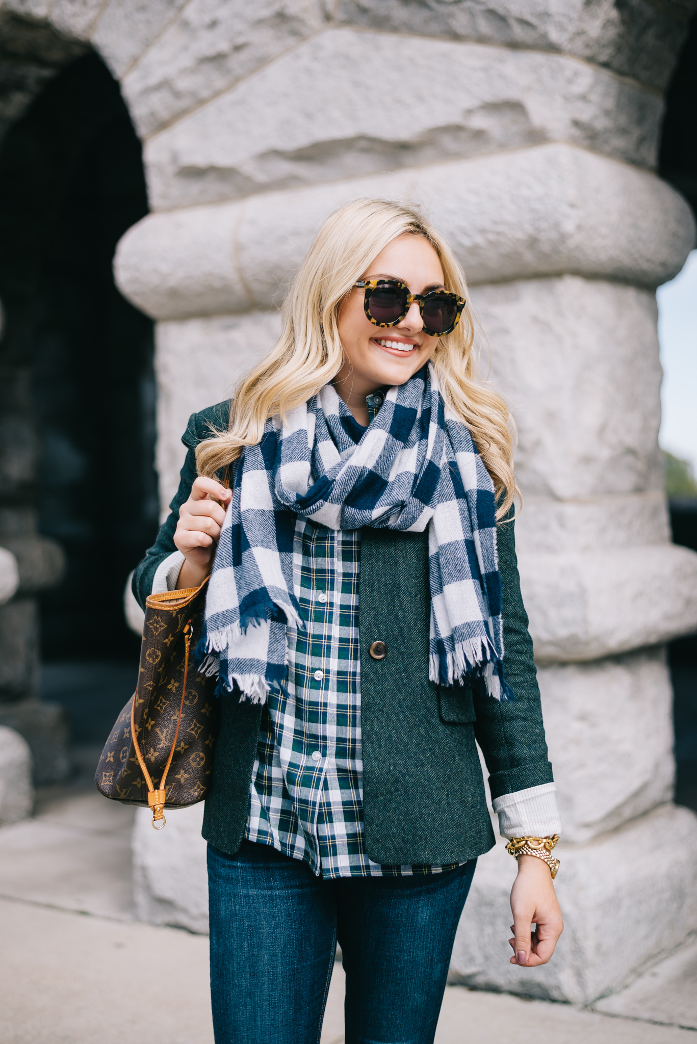 A plaid shirt has a history that goes back to the Scottish Highlands, but it became an important classic in nearly every age. Despite its intricate pattern, there are ways that you can dress up and down the plaid shirt to create a range of versatile looks.