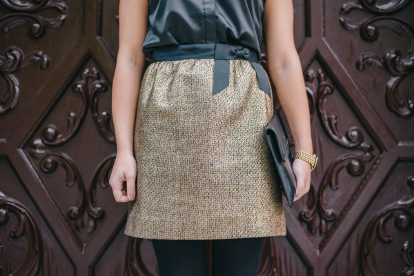 gold-tweed-skirt-with-a-black-bow-holiday-part