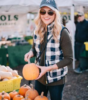 lincoln-park-chicago-fall-farmers-market-pumpkins