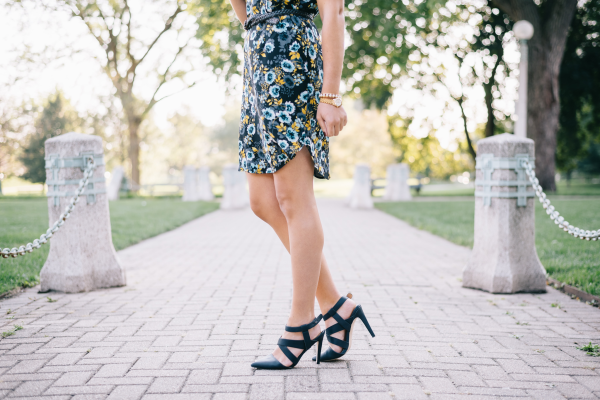 strappy-navy-criss-cross-pumps-pointed-toe-fall