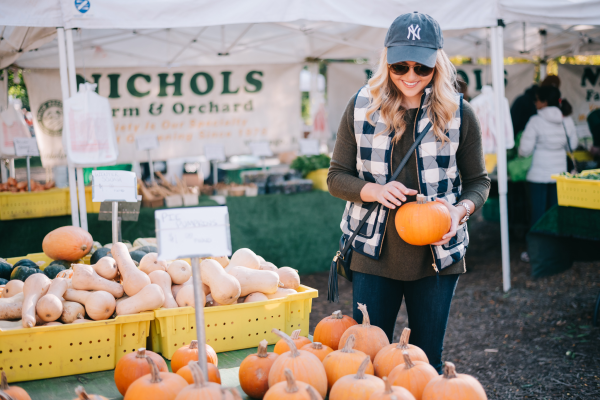 what-to-wear-to-pick-pumpkins-outfit