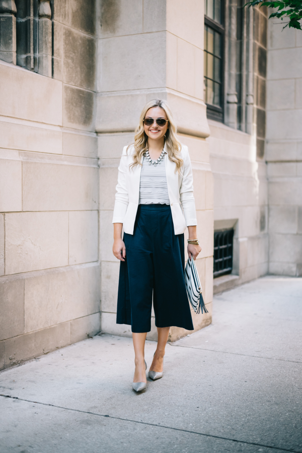 wide-leg-trousers-outfit