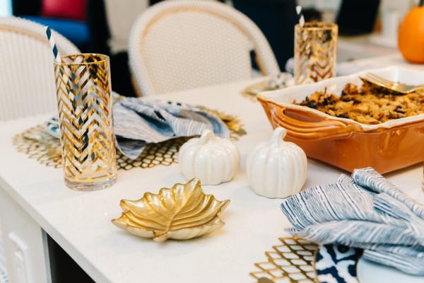 fall-dinner-table-setup