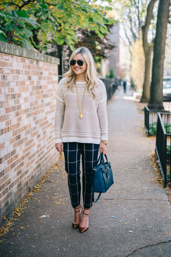 fall-outfit-work-cozy-sweater