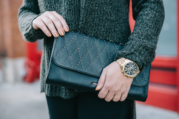 vera bradley black and gold studded clutch