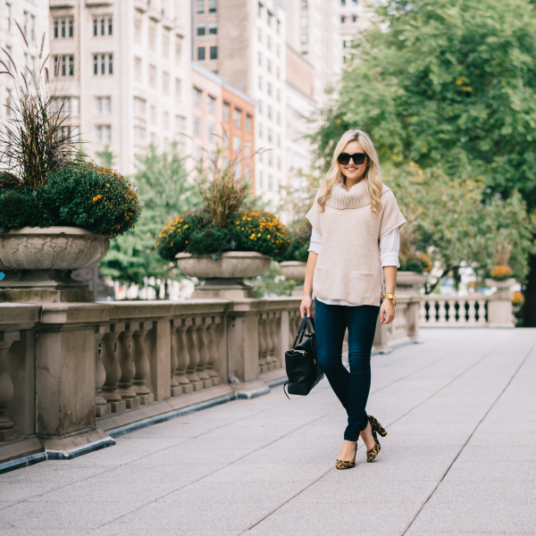 what-to-wear-on-casual-friday-with-jeans