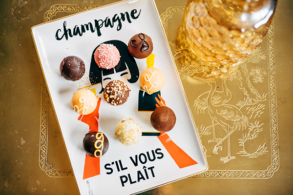 champagne sil vous plait tray