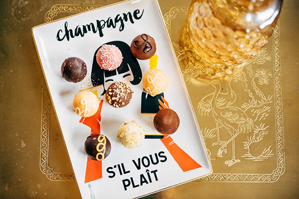 champagne sil vous plait tray