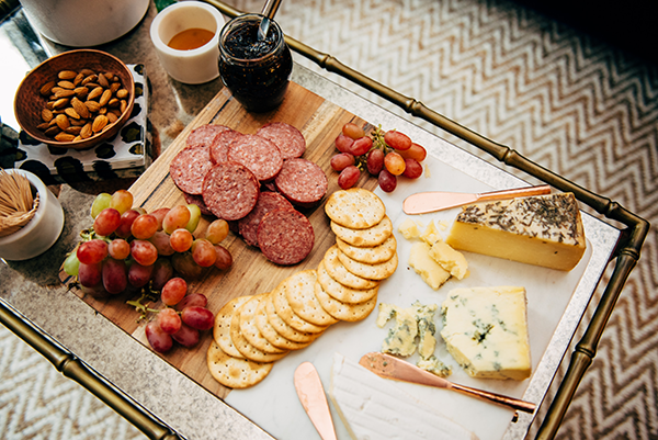 how to arrange a cheese board holiday party