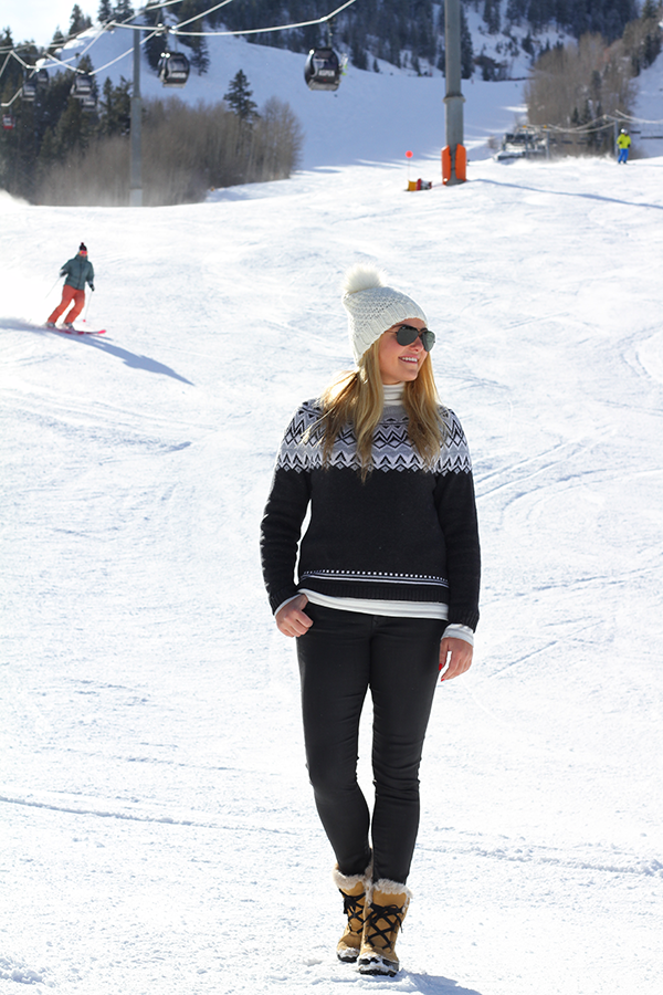 Ski Sweater on the Slopes — bows & sequins