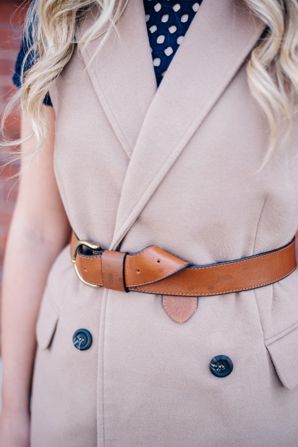 how to buckle knot your belt